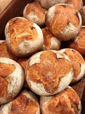 ブーランジェ リュネットさんの天然酵母パン